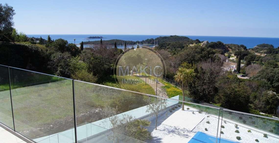 ISTRA – TOP vila s prekrasnim pogledom na more!